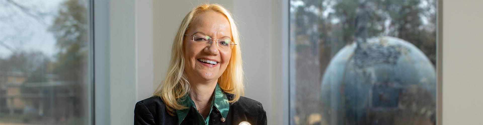 Dr. Sabine Smith helps open German Studies pipeline