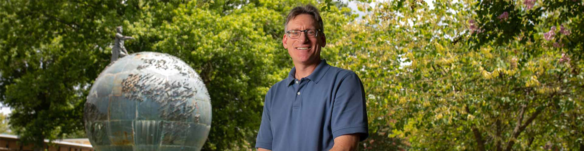 Political science professor's research validates value of Peace Corps