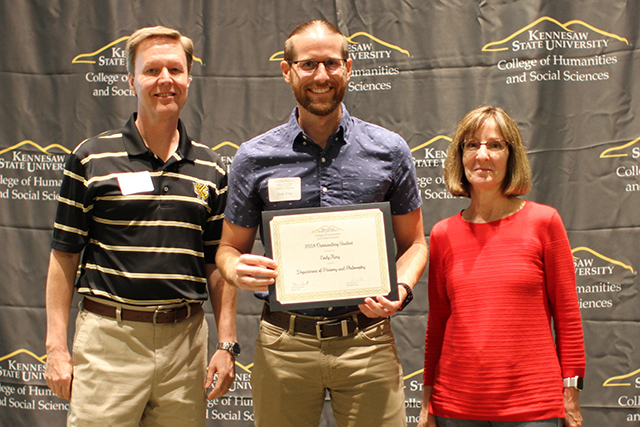 Cody King receives 2018 Outstanding Student Award