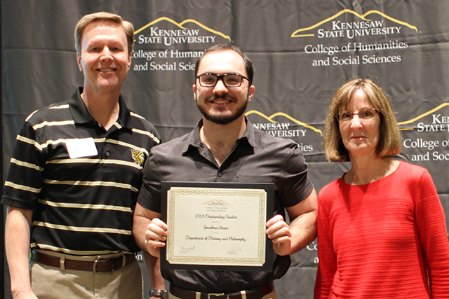 Jonathan Mann receives 2018 outstanding student award for History